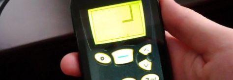 21069.34982-Snake-para-celular