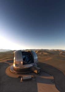 Artist's impression of the European Extremely Large Telescope (E-ELT) on its future location atop Cerro Armazones, in the Chilean Andes. The E-ELT, with a primary mirror of 39 metres will be the largest optical/infrared telescope in the world — the world's biggest eye on the sky. - Crédito: ESO