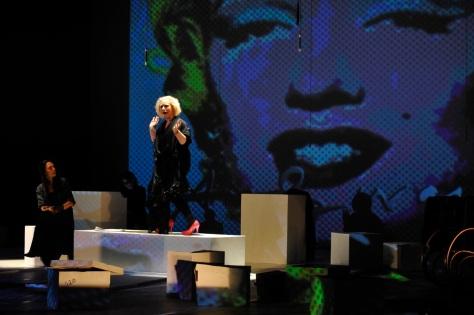 A aparição de Marilyn Monroe é um pouco alto e divertido do espetáculo (FOTO: Divulgação | Vilmar Carvalho)