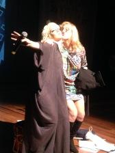 Karina Buhr e Laerte, Juntos triando fotos a pedidos dos Fãs.