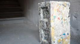 tecnologia-transforma-residuos-plasticos-blocos-construcao-webdoor-800