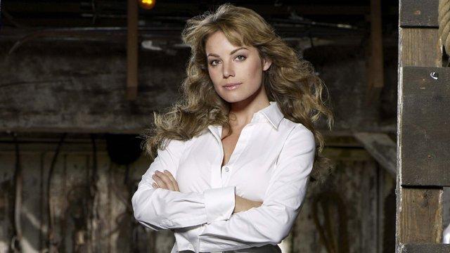 Estrela de Smallville, Erica Durance entra para a terceira temporada — Supergirl